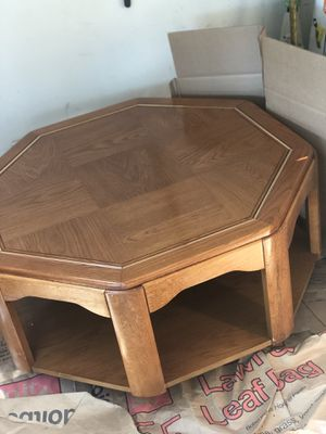 Coffee Table for Sale in Columbus, OH