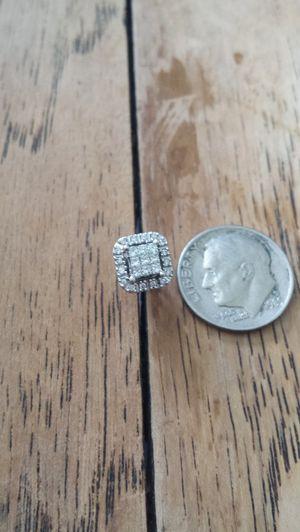 Genuine diamond earring for Sale in Fisherville, TN