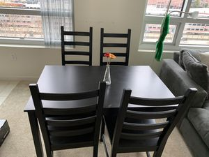 Dining table and chairs for Sale in San Francisco, CA