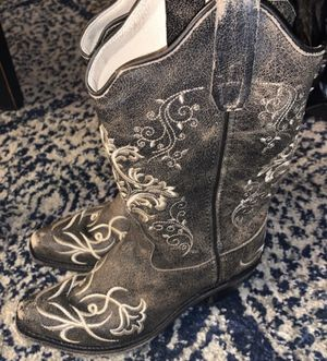 Cowboy boots for girls for Sale in West Grove, PA