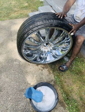 """26s bentchi rims for sale """"discontinued rims"""" 26x10 5.4 bolt pattern New tires $1500 obo Fit marquis, crown Vic, chargers, 300 etc for Sale in Arlington, VA"""