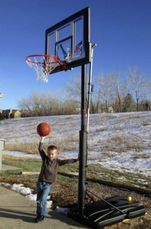 New!! Basketball hoop, portable basketball hoop for Sale in Phoenix, AZ