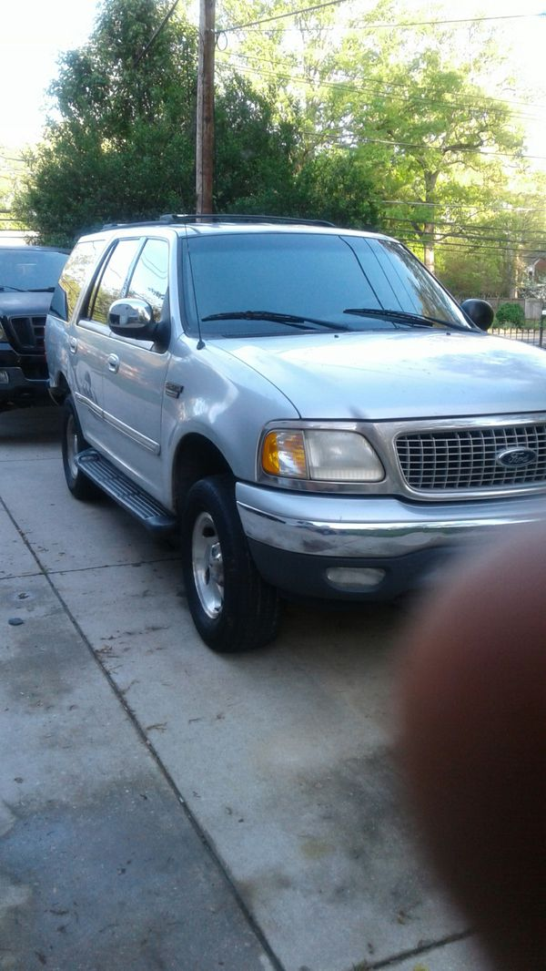 1999 Ford expedition Xlt Triton v8