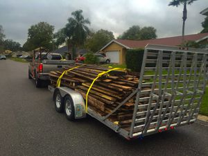 All aluminum 18 foot flat bed car hauler dual Axel like new for Sale in Tampa, FL