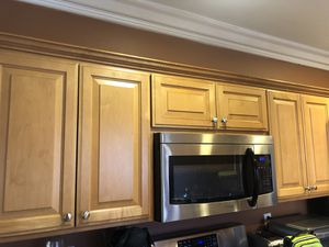 Kitchen cabinets for Sale in Rolling Hills Estates, CA