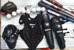 Baseball pads,helmet,bat, and balls. for Sale in Hialeah, FL