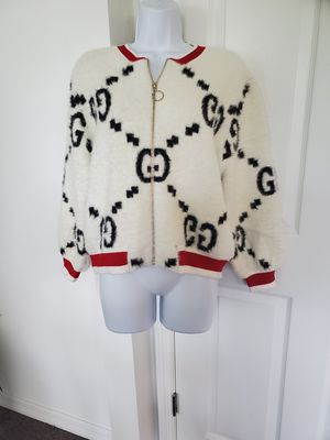 Gucci sweater/ jacket for Sale in Zephyrhills, FL