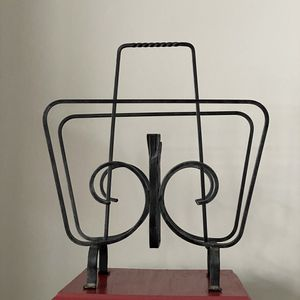 Vintage Magazine Rack for Sale in Minneapolis, MN