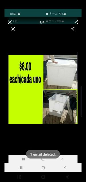 Venta de botes waterproof containers sale for Sale in Houston, TX
