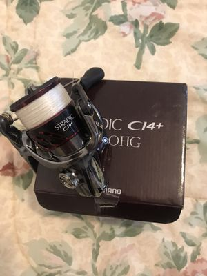 Shimano Stradic ci4 + 2500HG fishing reel for Sale in Tampa, FL
