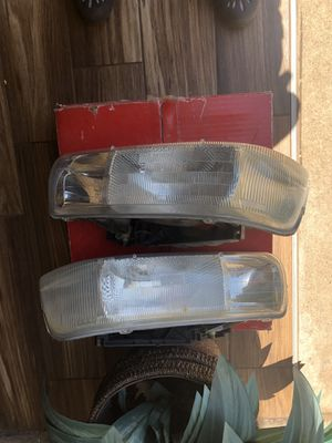 Chevy Tahoe headlights for Sale in Dallas, TX