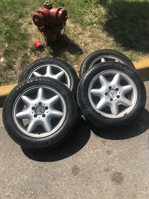 Mercedes Benz rims size 16 for Sale in Chicago, IL