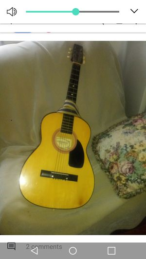 Guitar for Sale in Grand Rapids, MI