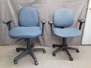 Set a blue rolling comfortable office chairs prices for each for Sale in Boise, ID