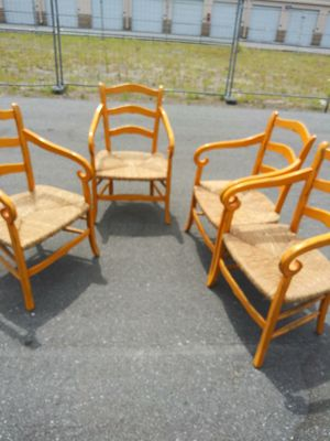 4 wicker chairs for Sale in West Palm Beach, FL