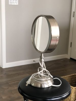 Light Up Makeup Vanity Mirror for Sale in Lincoln, CA