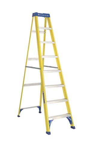 Louisville ladder FS2008 step ladder 8 ft. / 250 lb. for Sale in Kirkland, WA