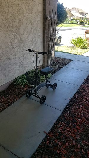Knee scooter for Sale in Westminster, CA