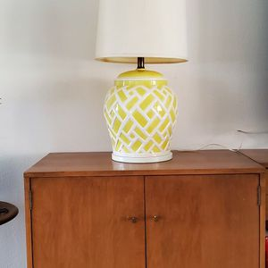 Mid Century Yellow Lamp for Sale in Tempe, AZ