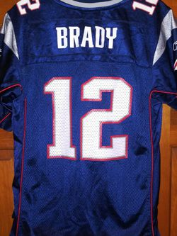 YOUTH LARGE (14-16) NEW ENGLAND PATRIOTS TOM BRADY REEBOK JERSEY for Sale in Naperville,  IL