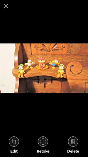 Vintage Garfield and Friends Hard Rubber Set of 5 Figurines for Sale in Lynchburg, VA