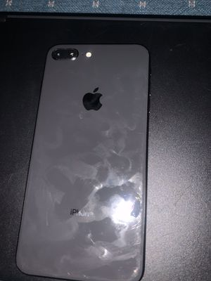 iPhone 8 Plus for Sale in Erie, PA