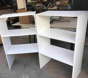 White wood Bookshelf for Sale in Phillips Ranch, CA
