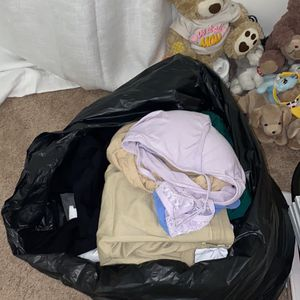 Large Bag Of Men's Clothes for Sale in Miami, FL