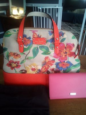 Kate Spade for Sale in CANAL WNCHSTR, OH