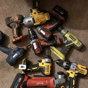 Cordless power tools brand brand new for Sale in Detroit, MI
