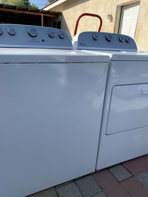 Whirlpool washer and dryer like new for Sale in Perris, CA