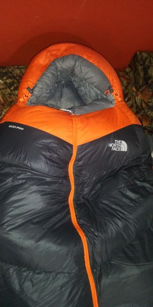North face inferno sleeping bag for Sale in Garland, TX