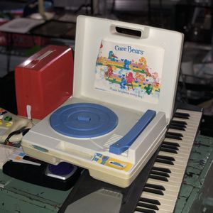 Vintage Care Bears Record Player for Sale in Los Angeles, CA