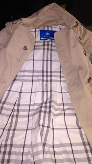 Burberry Women's Trenchcoat Blue Label for Sale in Woodinville, WA