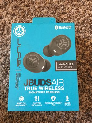 Wireless earbuds new in box for Sale in Brooklyn Park, MN