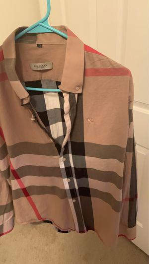 Men's XXXL Burberry button up for Sale in Spring, TX