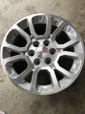 Aluminum GMC wheels 18 inch rims set of four for Sale in Tavares, FL