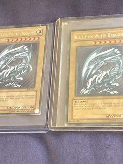 X2 Sdk 001 Yugioh Blue Eyes White Dragon Holo 2002 for Sale in Las Vegas,  NV