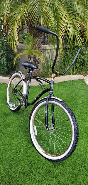 Classic Huffy Cranbrook Beach Cruiser for Sale in Chula Vista, CA