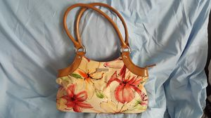 Kate Spade (New York) flower pocketbook for Sale in McDonough, GA