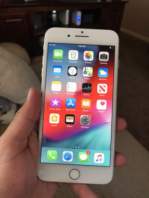 iPhone 8 Plus 64gb Factory Unlocked for Sale in Allen Park, MI