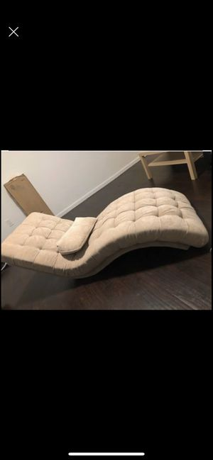 Brand new love seat modern couch for Sale in Los Angeles, CA