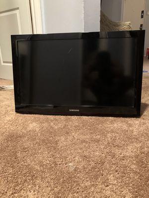 32 inch Samsung TV for Sale in Burlington, NJ