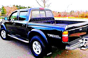 ֆ14OO 4WD Toyota Tacoma 4WD for Sale in Washington, DC