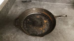 Lodge chef collection cast iron skillet for Sale in Chula Vista, CA