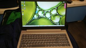 New laptop.. pua got me macbook lol also has music software and mic for Sale in Philadelphia, PA