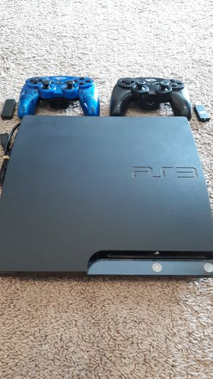 SONY PS3 with 2 controllers and 10 games for Sale in Snohomish, WA