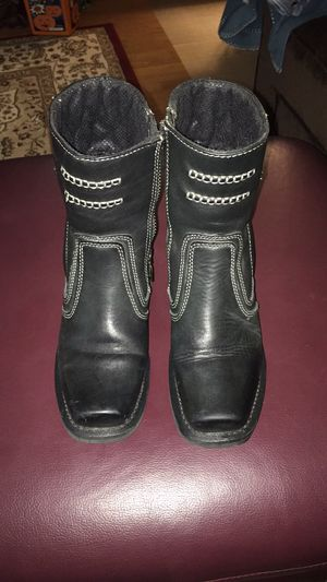 Women's black leather motorcycle boots for Sale in Saint Francis, WI