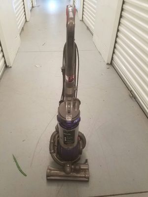 Dyson DC25 Vacuum cleaner for Sale in Portsmouth, VA