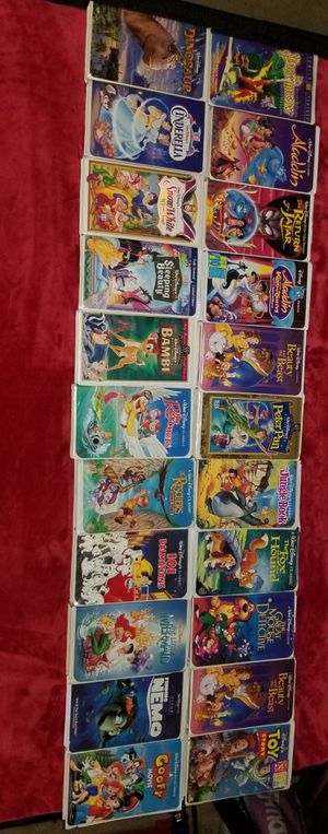 DISNEY CLASSICS LOT MOSTLY DIAMOND SERIES 22 TOTAL for Sale in Tualatin, OR